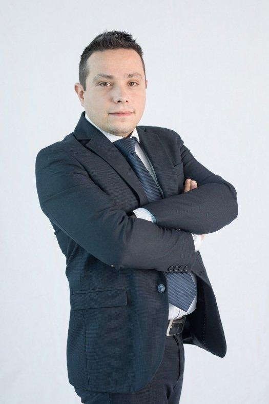 Michele Castrignano - Ufficio ordini - Post-vendita - VF2 Serramenti Orbassano Torino