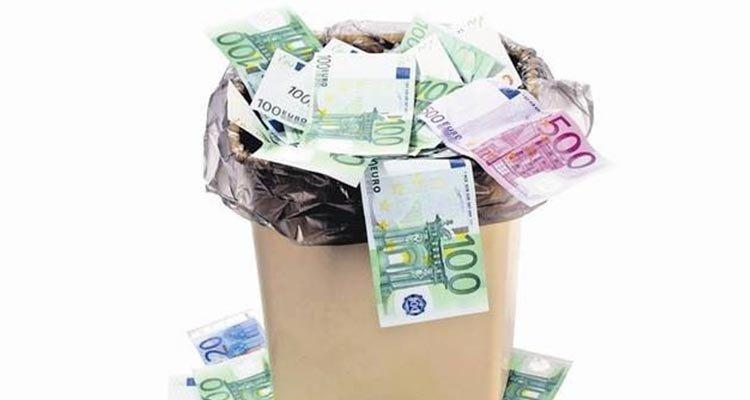 soldi-buttati